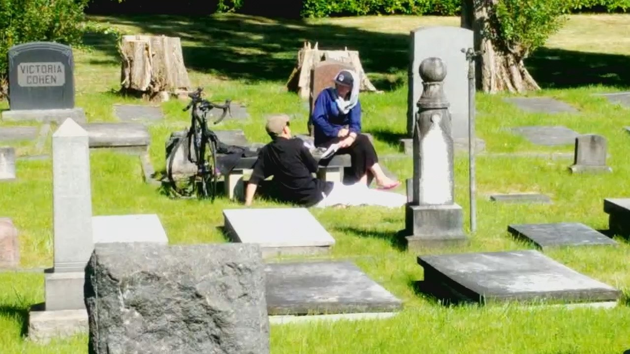 north seattle cemetery brings in extra security after couple seen